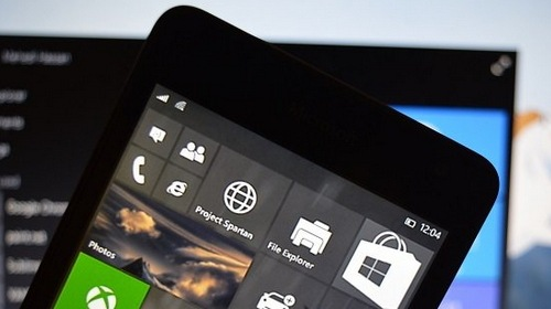 Microsoft ��������� Windows 10 Mobile Insider Preview 10136